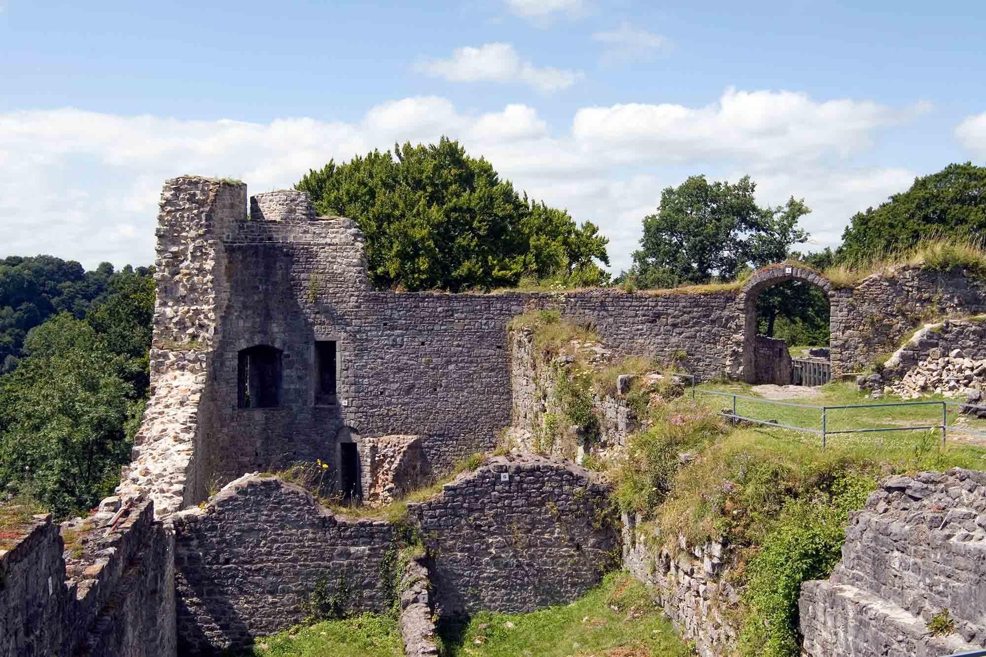 ardenne residences durbuy region landscapes palogne logne castle