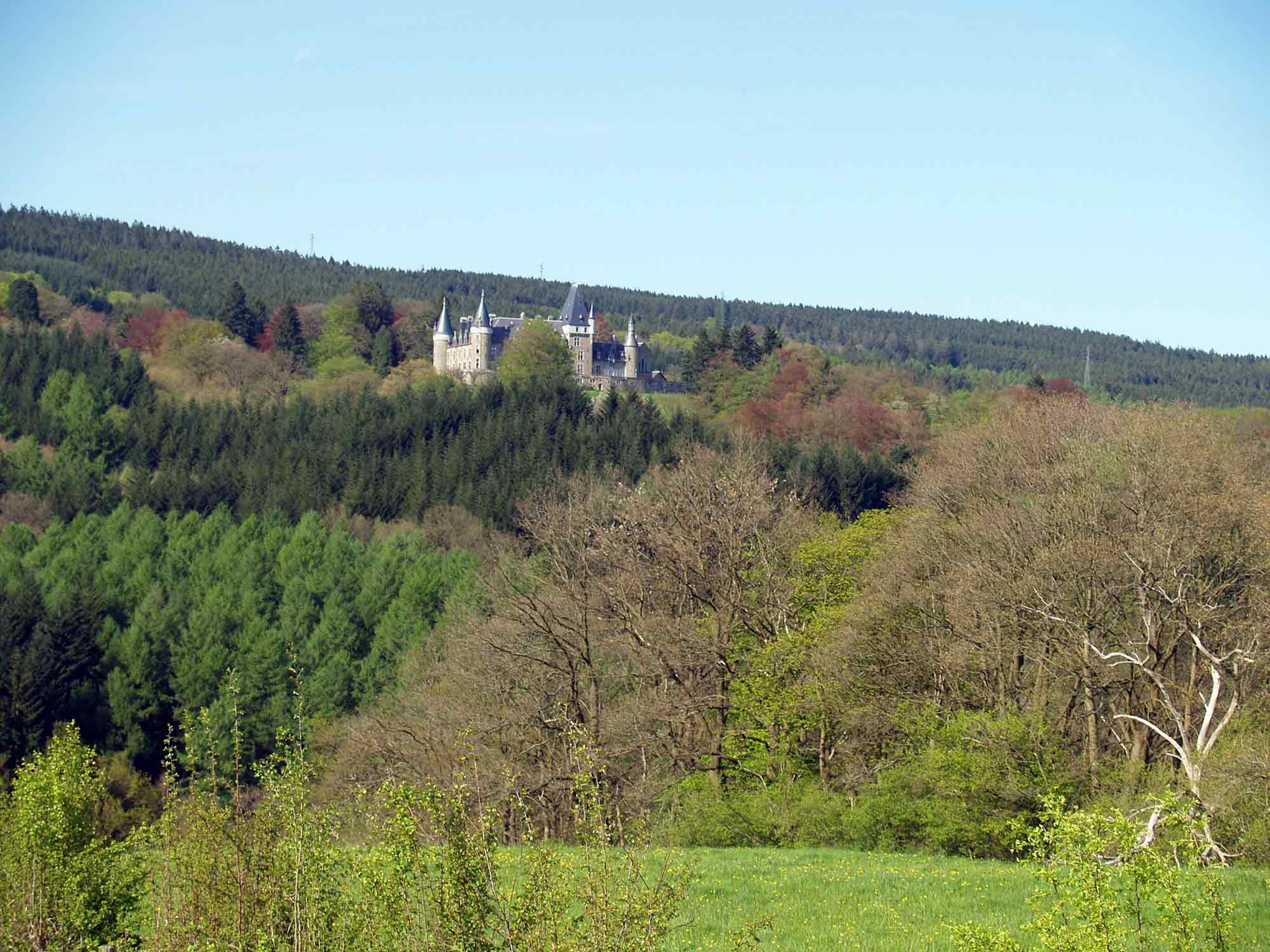 ardenne residences stoumont 4987 region landscapes froidcour castle