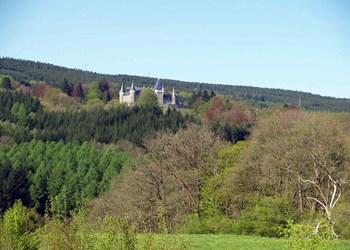 ardenne residences stoumont 4987 region landscapes froidcour castle