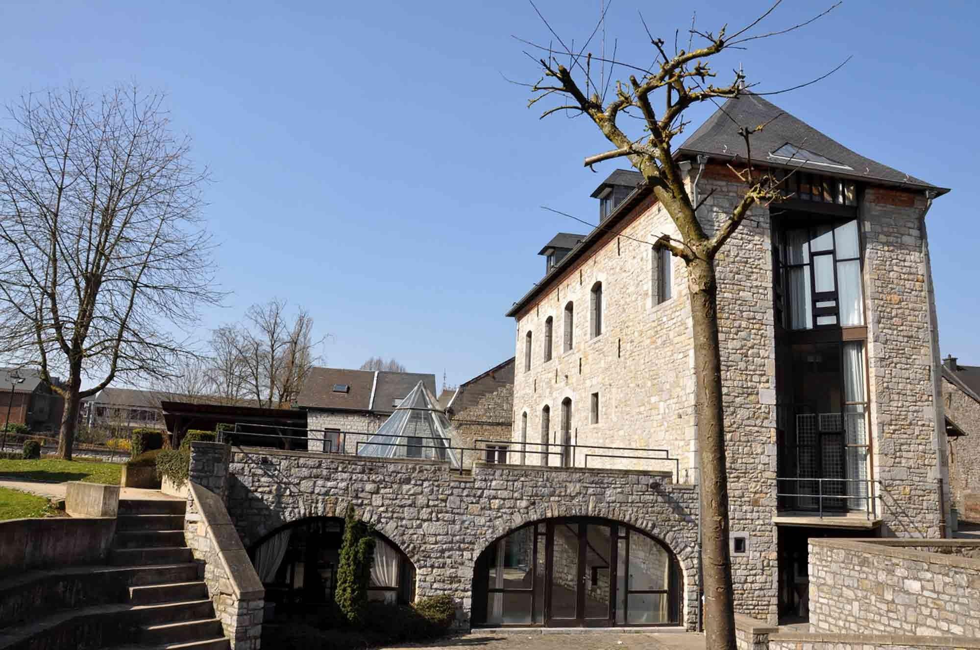 ardenne residences marche-en-famenne 6900 region landscapes city hall